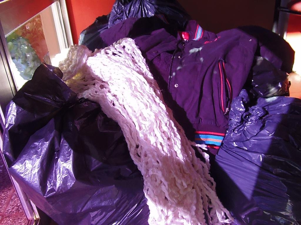 Empresas y familias donaron abrigos para los chicos del Hogar de Día