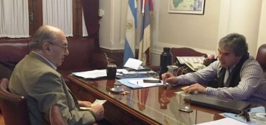 Juan Manuel Irrazábal se expresó preocupado por la injerencia de Estados Unidos en el país