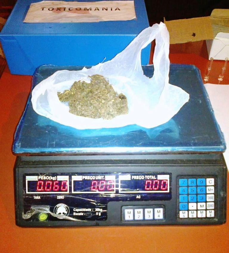 Merodeaba la terminal de Bonpland con marihuana encima