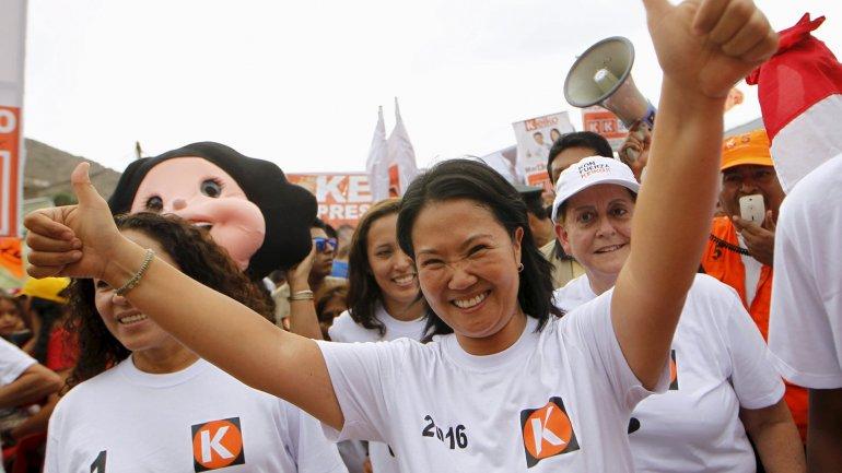 Keiko Fujimori pasó por primera vez al frente en la intención de voto