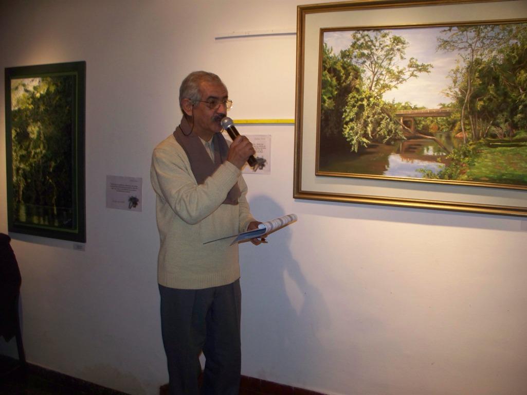 Mate cocido literario en el museo Areco, entre poemas nuevos y música con bandoneón
