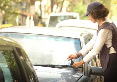 Desde la Municipalidad de Posadas recuerdan que es obligatoria la tarjeta de estacionamiento