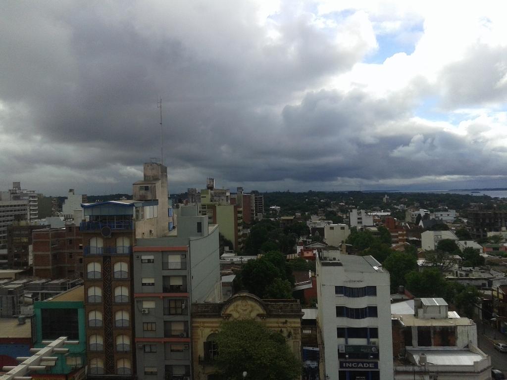 Martes nublado y frío, con probables lluvias en la zona norte de Misiones