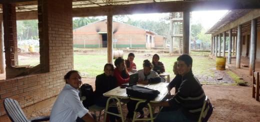 Mado: Alumnos del CEP 52 dan clases en la capilla y en el patio luego del robo e incendio