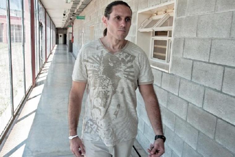 La justicia paraguaya ordenó la detención de Pérez Corradi por falsificar documentos