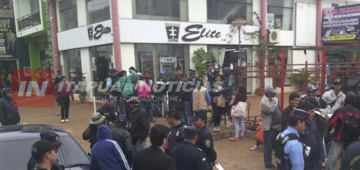 La policía desalojó a 15 mesiteros del circuito comercial de Encarnación