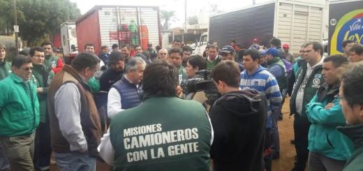 Camioneros amenaza con parar las distribuidoras de Terrabusi de todo el país por conflicto con una firma posadeña