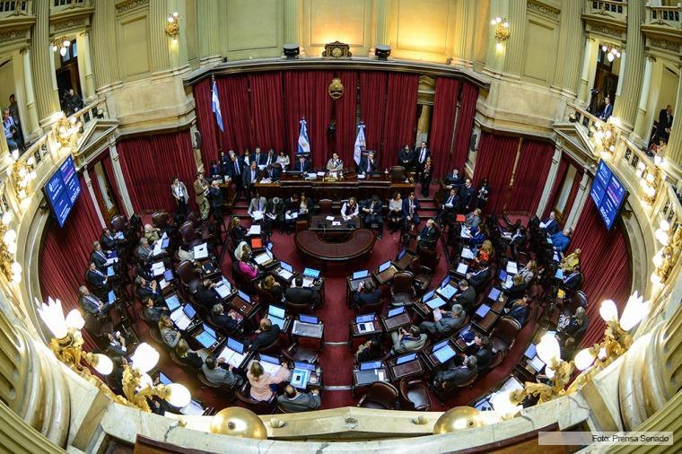 El Senado se encaminaba a aprobar anoche la ley de blanqueo