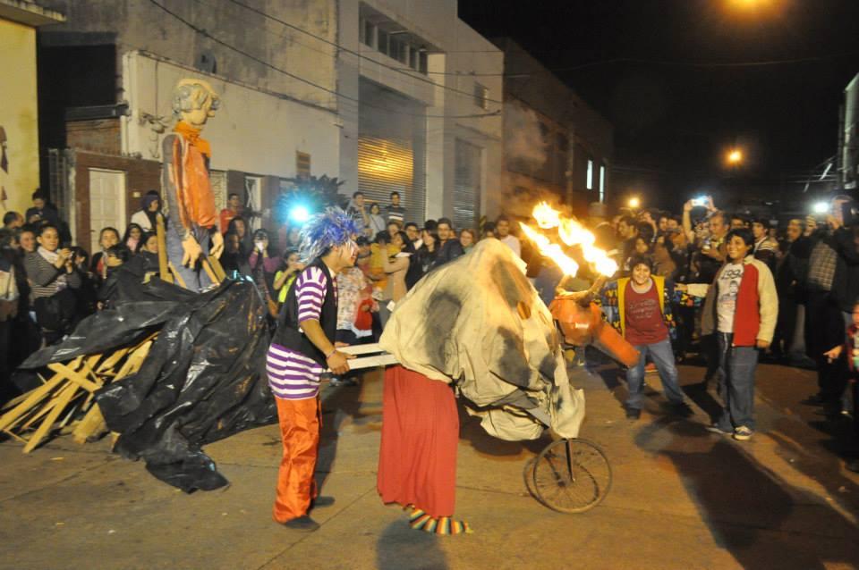 Con fiestas populares y el tradicional cruce de brasas honrarán a San Juan en Posadas