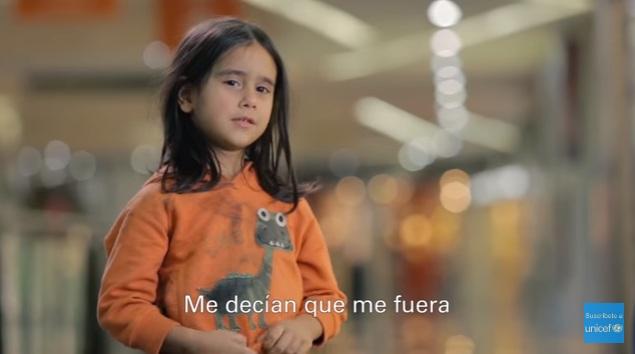Crudo experimento de Unicef: ¿qué harías si vieras a una niña de 6 años sola en la calle?