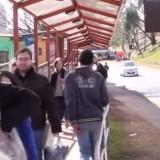Revelan que inspectores paraguayos cobran coimas para sortear la cola en el puente
