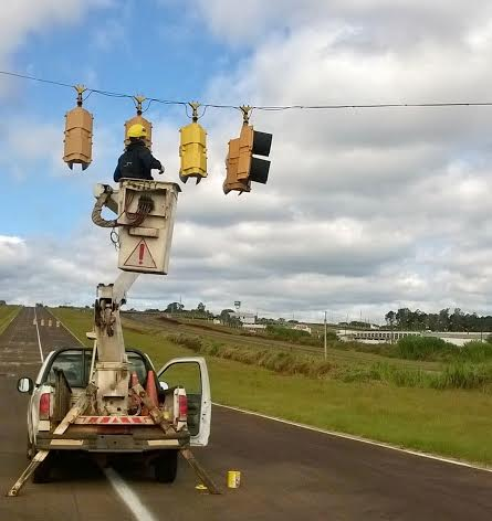 El municipio posadeño modernizó los semáforos del Autódromo Rosamonte