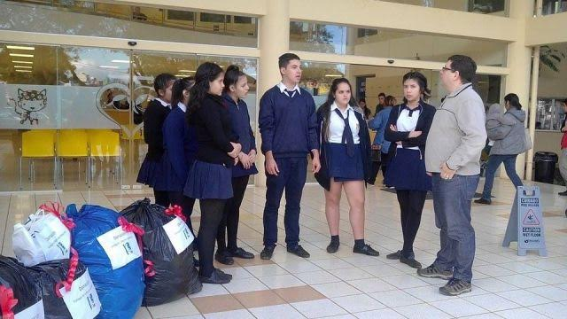 El Colegio Martín de Moussy donó vestimentas al Hospital de Pediatría Dr. Fernando Barreyro