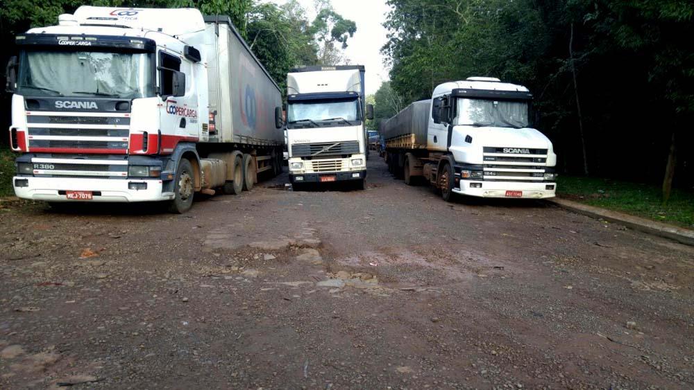 Con intervención del gobierno provincial, camioneros levantaron ayer la protesta contra YPF de bloqueo de tránsito internacional en Iguazú