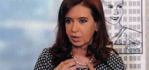 Bonadio rechazó la apelación de Cristina y la citó a concurrir a Comodoro Py
