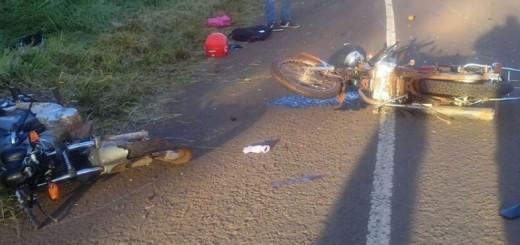 Choque frontal de dos motos dejó cuatro heridos en Dos Arroyos