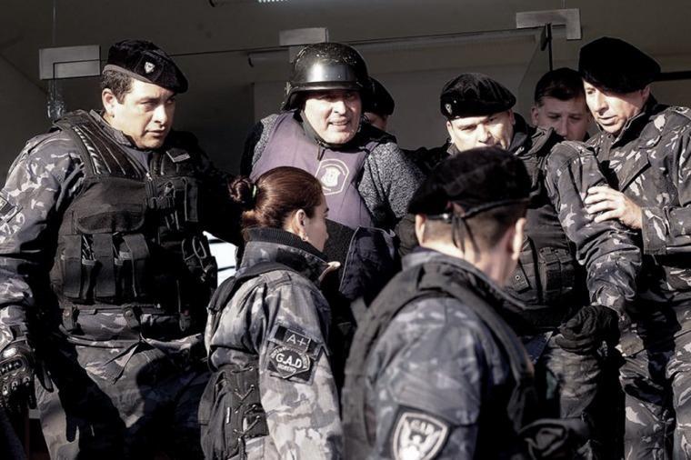 López no declarará hasta el martes y fue trasladado al pabellón de presos psiquiátricos