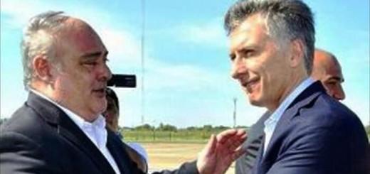"""Macri pidió a la gente que confíe en que su gobierno """"pondrá a Argentina de pie"""""""