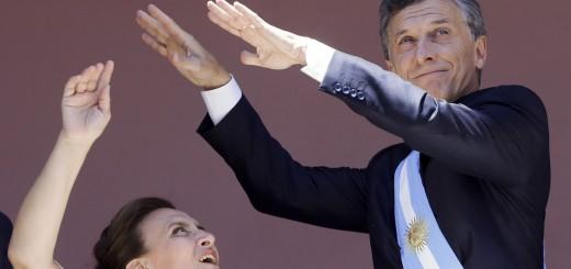 Macri sufrió un esguince de rodilla mientras jugaba al paddle