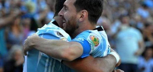 """Messi: """"Es un orgullo haber empatado a Batistuta"""""""