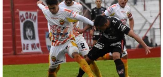 Los goles de la victoria de Crucero 2 a 1 en Córdoba ante Instituto