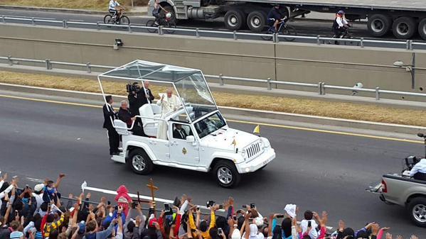 Para el Papa Francisco, «la auténtica conversión es salir al encuentro del prójimo para ayudarlo»