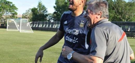 """Fillol: """"Ningún jugador del mundo se transforma en su selección como Romero"""""""