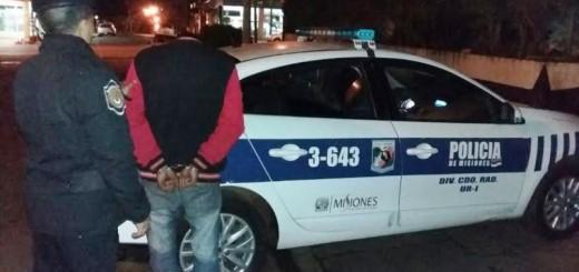 Presunto motochorro fue detenido en Posadas al intentar escapar de la Policía