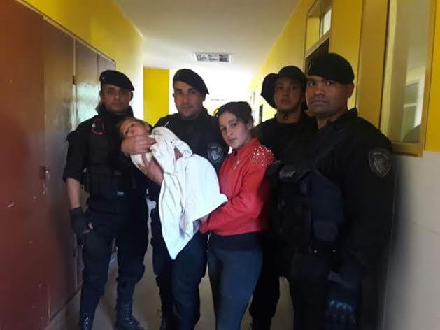 El Jefe de la Policía y el Ministro de Gobierno felicitaron a los uniformados que participaron de la búsqueda de Leonel