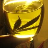 """""""El aceite de marihuana le permite vivir a mi hija"""""""