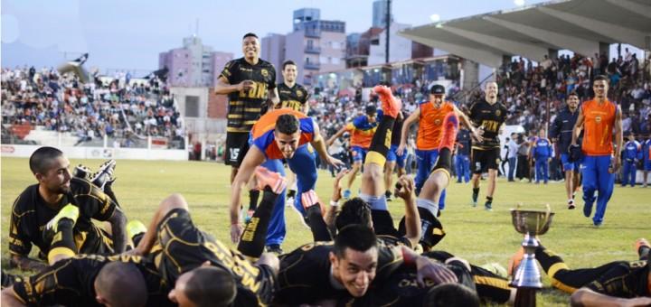 Primer duelo: Crucero le ganó a Guaraní por penales 4 a 3 en un clásico intenso pero con poco fútbol