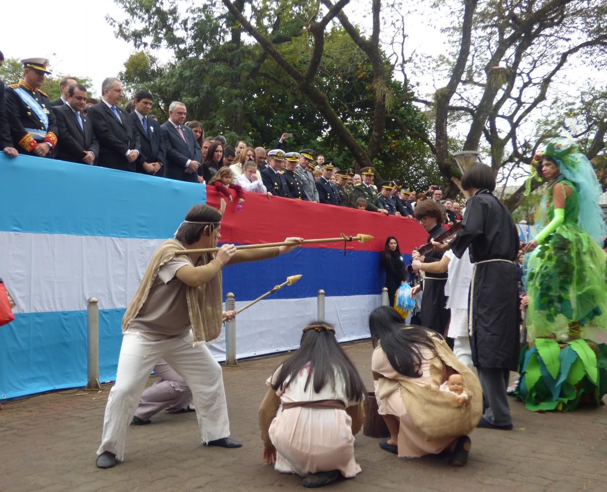 Todas las fotos del festejo del Bicentenario de la Independencia en Posadas