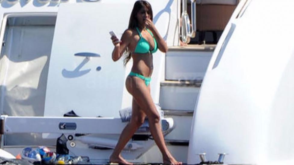 Antonella se lleva todos los aplausos: la mujer de Messi, divina en bikini en Ibiza