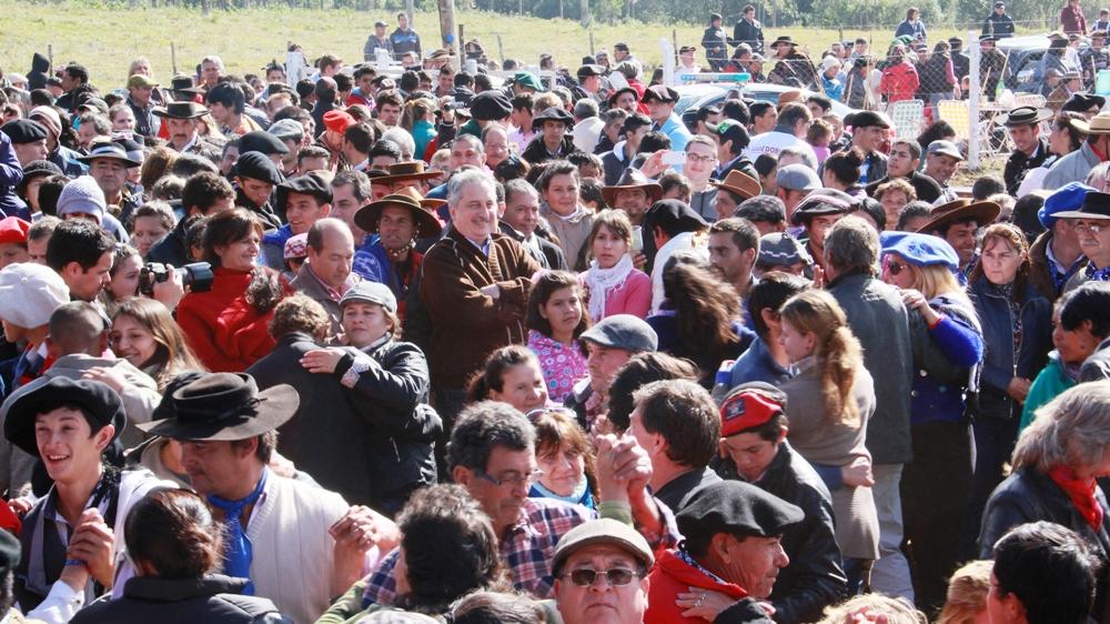Passalacqua encabezó en Caa Guazú el festejo popular por el Bicentenario