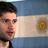 El increíble tiro de larga distancia de Manu Ginóbili en el comedor de la Villa Olímpica