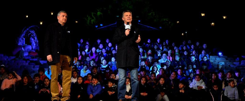 Macri dijo que encontró un país «devastado» y convocó a la unidad para «salir adelante»