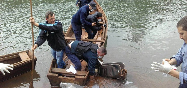 Matan a una joven en El Soberbio y tiran su cuerpo a un arroyo, dentro de una valija