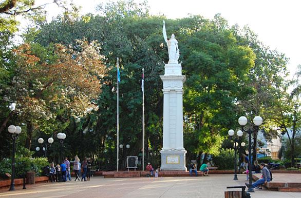 Mañana habrá cortes de calles en el microcentro posadeño por el acto del Día de la Independencia