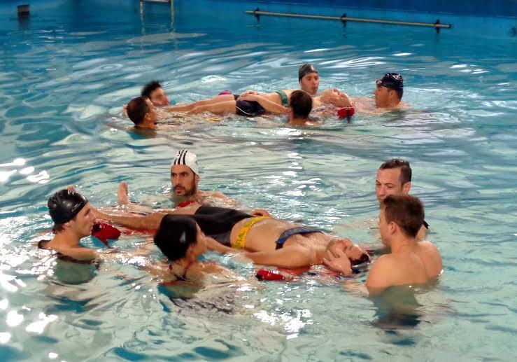 Estudiantes de Guardavidas se capacitaron en control de aguas de balnearios