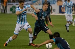 Atlético Tucumán derrotó a Rafaela que sigue luchando por no descender