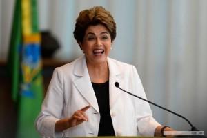 Dilma lanzó una propuesta para un plebiscito de elecciones anticipadas