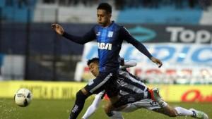 Racing-Talleres de Córdoba empataron 1 a 1, después del blooper de Orion