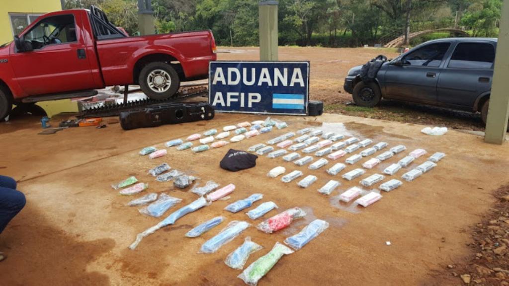 Aduana secuestró metanfetamina y armas de guerra en puerto de Corpus