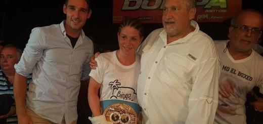 Box: con un tremendo derechazo Carolina Duer conquistó el título mundial gallo de la FIB
