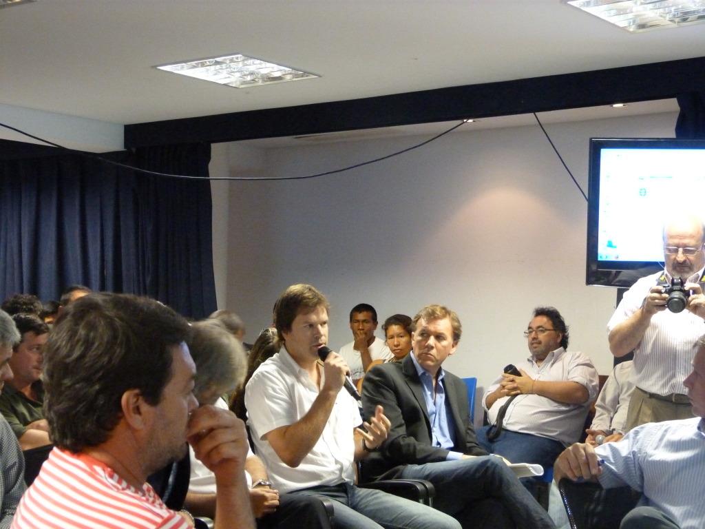 Audiencia Pública: Comunidades Guaraníes a favor del camino de acceso al Lote 8 a través del Parque Provincial Moconá