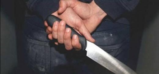 A punta de cuchillo, asaltan a una mujer sobre la avenida Alem