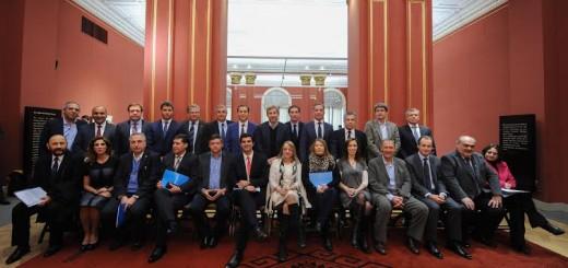 El aumento de la coparticipación irá a los municipios y a los jubilados
