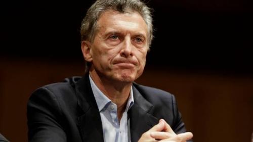 """Séptimo hijo varón y ahijado del Presidente, pero no lo bautizaron porque Macri """"vive en concubinato"""""""