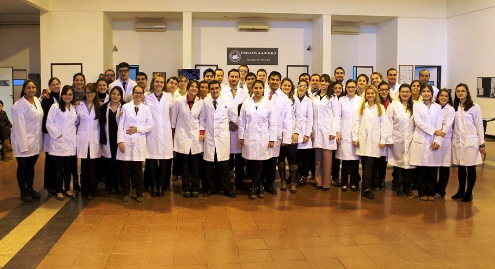 Egresaron 43 médicos de la Fundación Barceló
