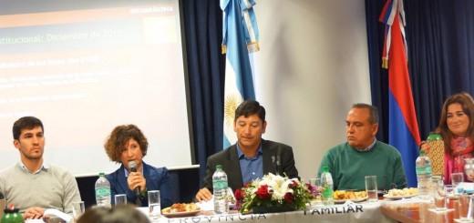 Presupuesto 2017: la Secretaría de Agricultura Familiar y Multimedios SAPEM expusieron en la Legislatura